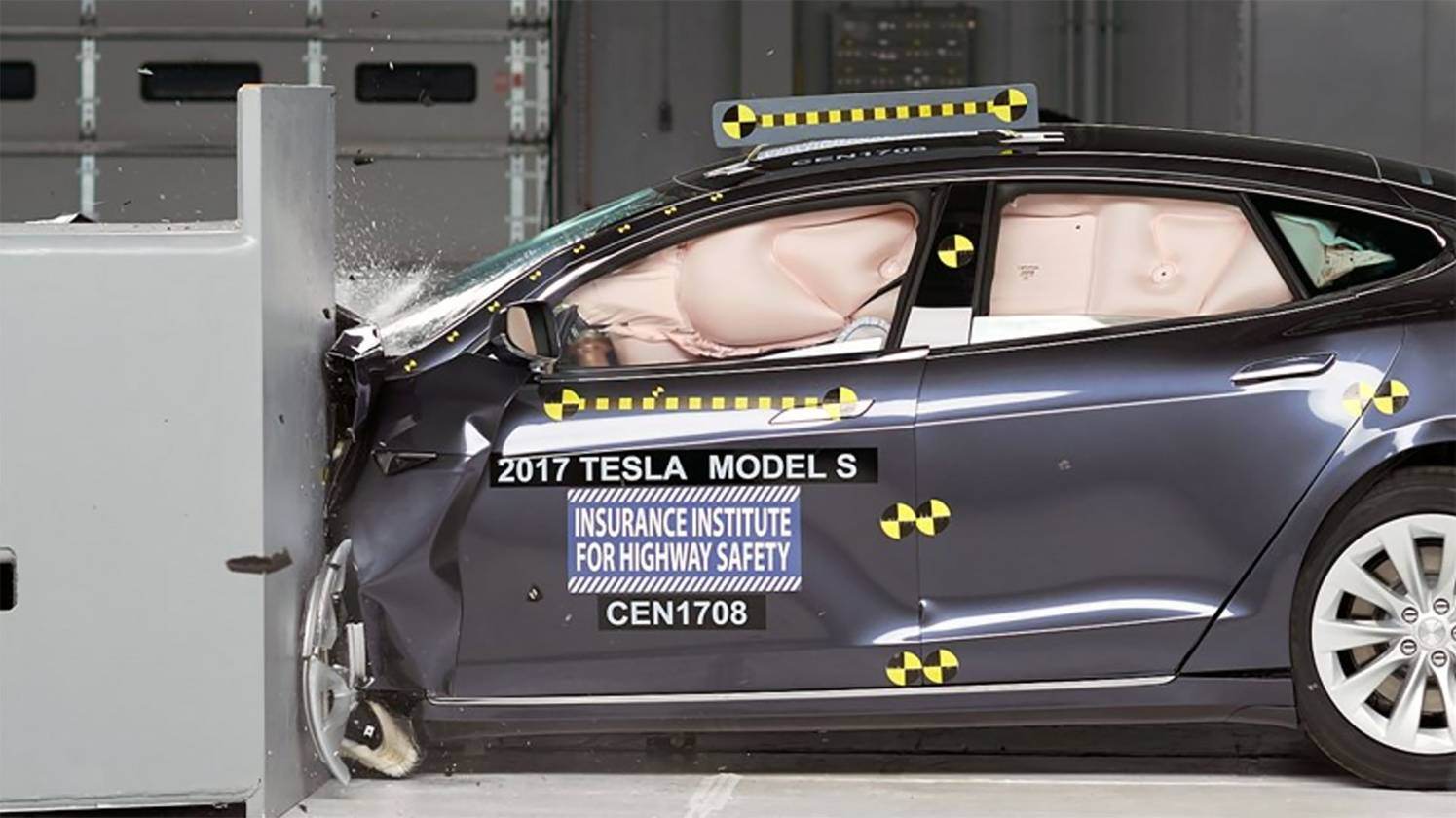 Safest car color accidents - Tesla Model S Rated Acceptable In Iihs Crash Test Tesla Lashes Back The Drive