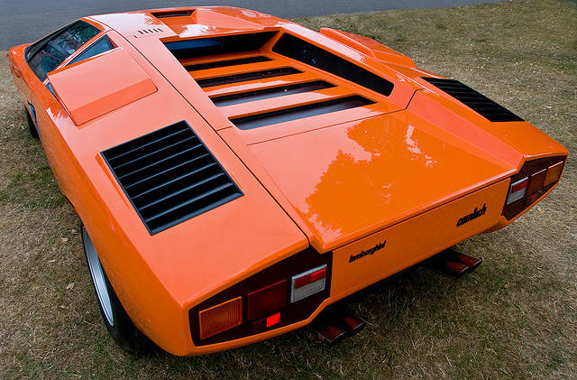 5 Things You Didn T Know About The Lamborghini Countach The Drive
