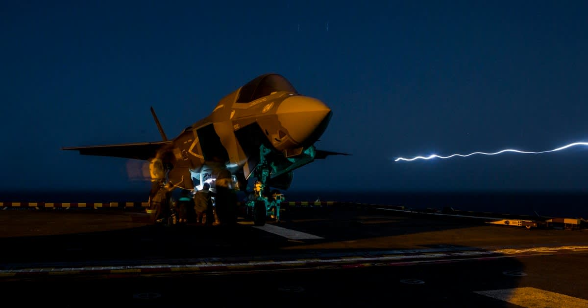 Marine F-35Bs Fly First-Ever Strike Missions Against 'Fixed