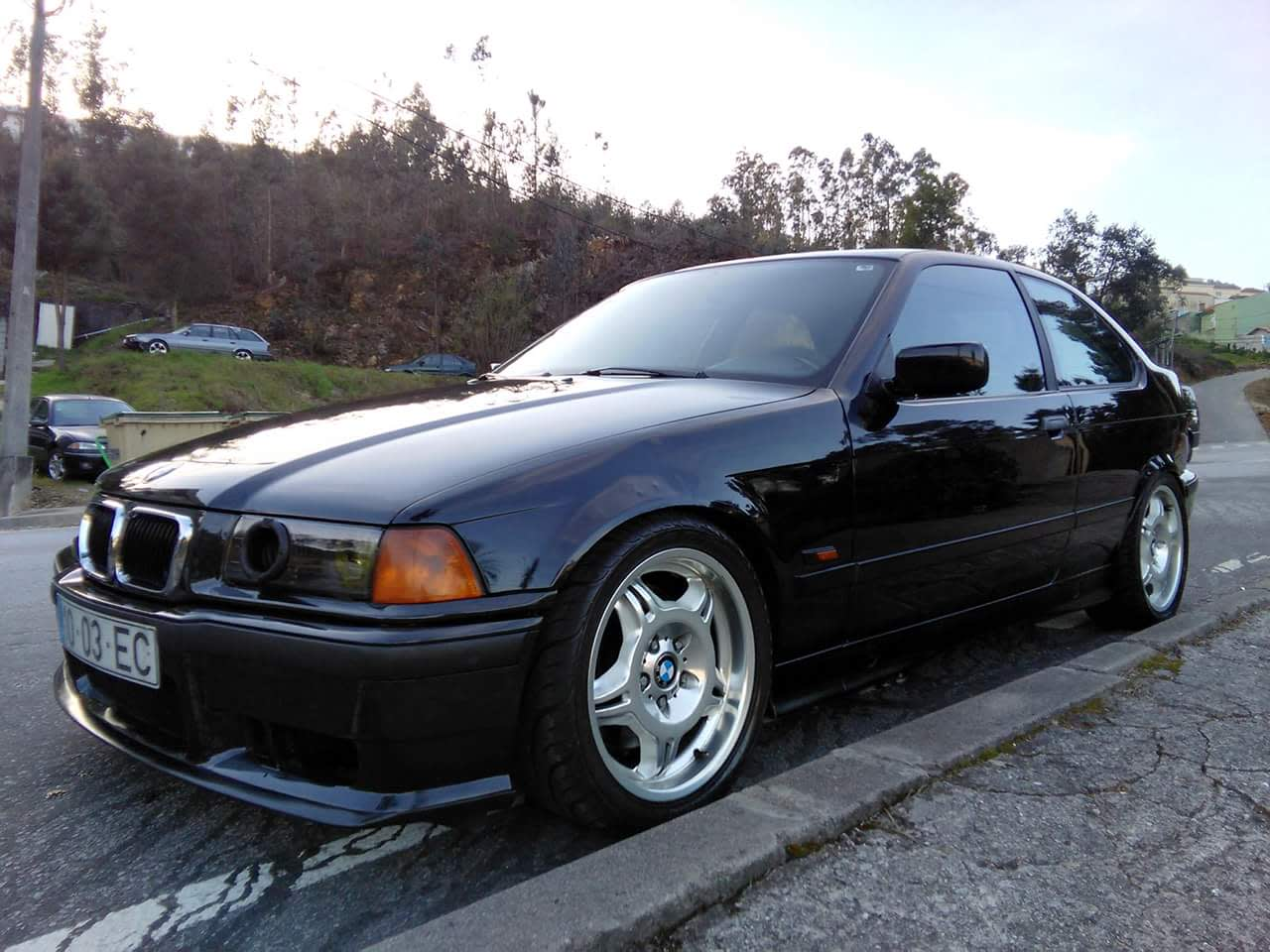 This S52 M3-Swapped BMW 318ti is the Hot Hatch They Never