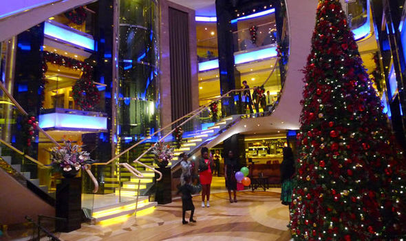 christmas with po cruises - When Do Cruise Ships Decorated For Christmas