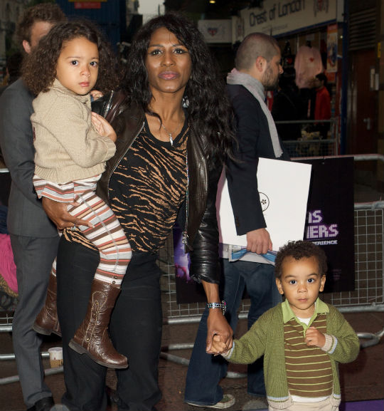 Sinitta Plans To Adopt A Third Child From The Same Birth Mother