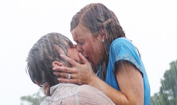 Valentines day top 7 most romantic scenes from the notebook to notebook kiss thecheapjerseys Choice Image