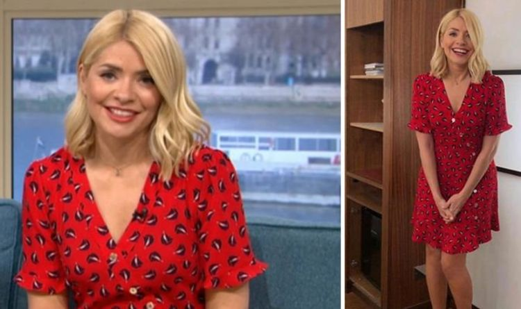 2c423aff3a26 Holly Willoughby sails into This Morning in a nautical inspired dress -  where to buy it
