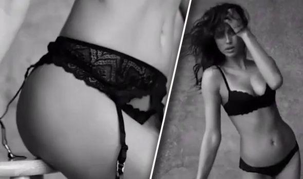 6e87547af Irina Shayk models black lace underwear for Intimissimi