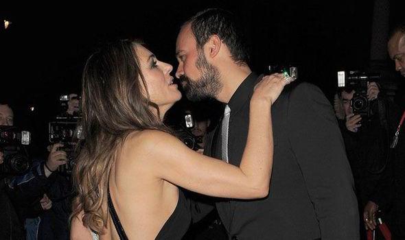 Elizabeth hurley dating david yarrow