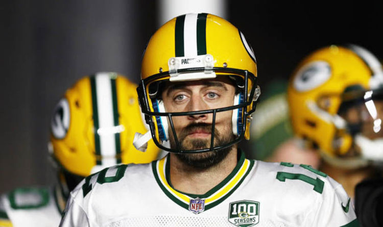 Aaron Rodgers blasts Packers teammates ahead of Dolphins game ... 1b94b66df
