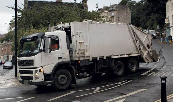 Boy 5 Buys A 3 500 Bin Lorry On Ebay With Mum S Credit Card Uk News Express Co Uk