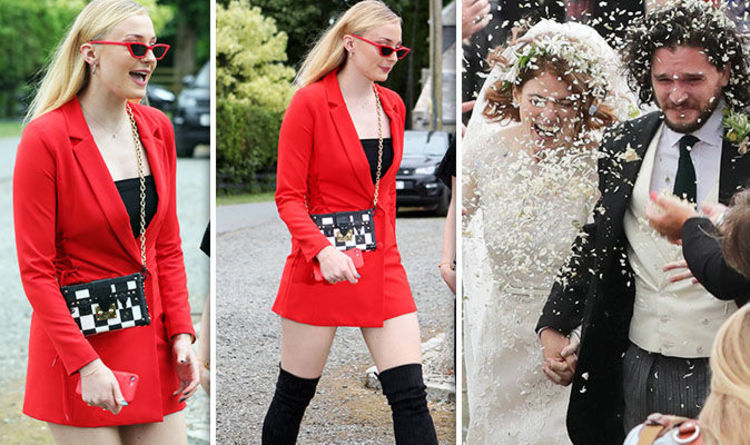 Kit Harington Wedding Sophie Turner Wows In Thigh Skimming Dress