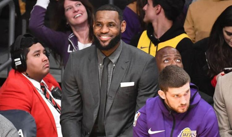d317397a537 LeBron James  Will Lakers star play against the Thunder tonight  Latest  injury update