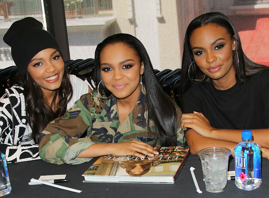 Photos The Mcclain Sisters Make Book Signing Appearance