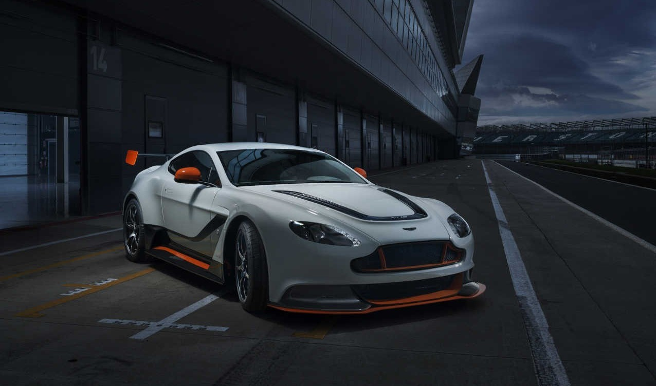 2016 Aston Martin Vantage Gt12 Price Specs Review And Photo