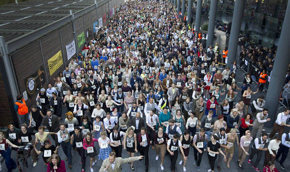 977 dancers swing into the record books with largest charleston dancers in spitalfields market london malvernweather Gallery