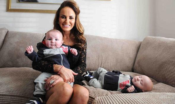 Kate And Her Twins Graydon Grayson