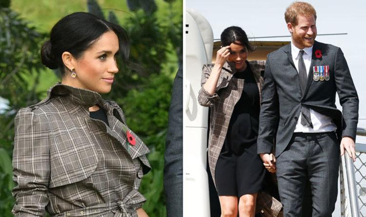 Meghan Markle Pregnant News Asos Maternity Dress Flashes Duchess