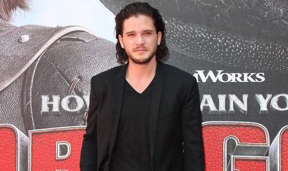 Game Of Thrones Star Kit Harington Smoulders At How To Train Your