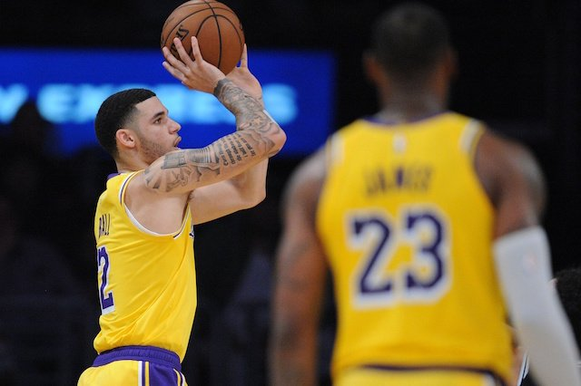 07a1f4348e7 Lakers News  Lonzo Ball Details LeBron James  First Practice Of 2018-19 NBA  Season