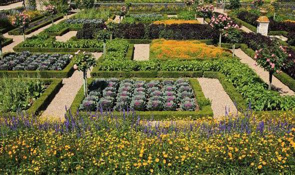 Alan Titchmarsh on creating a style statement kitchen garden ...