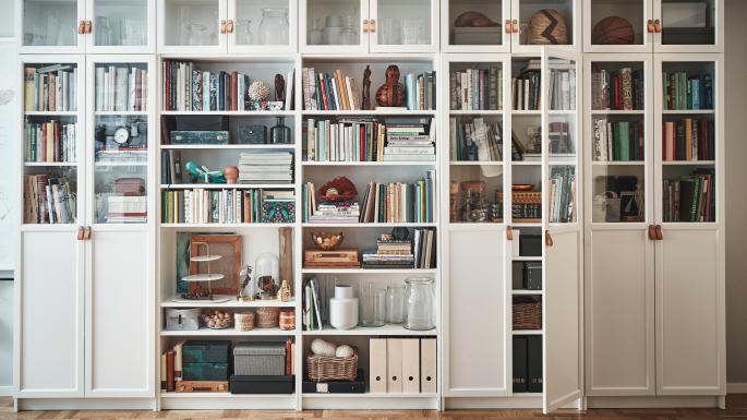 timeless design 441c5 34e8c Ikea's Billy bookcase remains king of shelves | Bricks ...