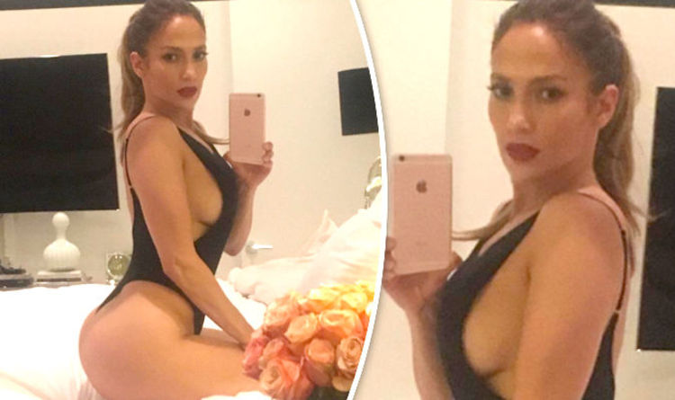 Jennifer Lopez, 47, reveals peachy derrière and SERIOUS side-boob in  sizzling selfie | Celebrity News | Showbiz & TV | Express.co.uk