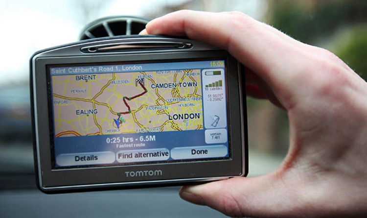 Driving in France - Using sat nav could land you €1,500 fine
