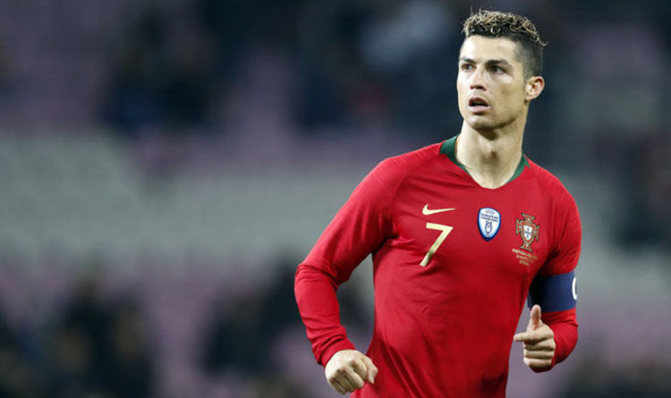 b0e0ef30b Cristiano Ronaldo  Man Utd make record offer to help Real Madrid star match  Lionel Messi