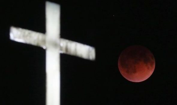 Blood Moon Was A Sign From God And Now A Huge Event Will Strike