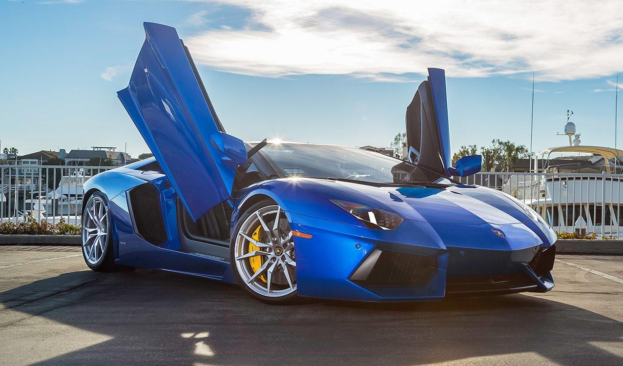Blu Nethuns Lamborghini Aventador Roadster For Sale
