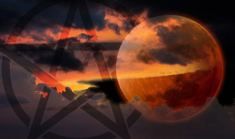 Today's super blood moon SATANIC SEX RITUALS human animal sacrifice