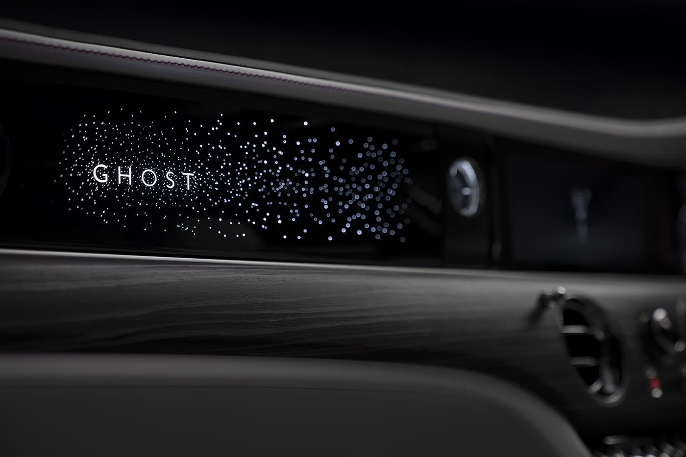 New Illuminated Fascia Coming To 2021 Rolls Royce Ghost