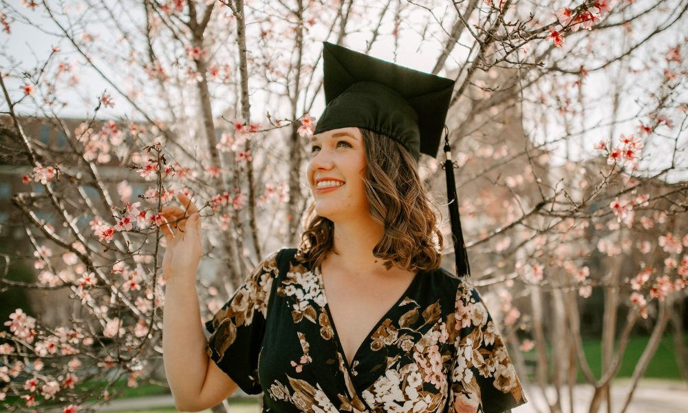 5 Super Cute Ways To Style Your Graduation Hair Viva Glam Magazine