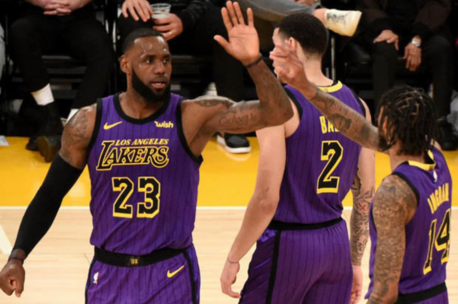 Lebron James La Lakers Star Smashes Another Nba Points Record