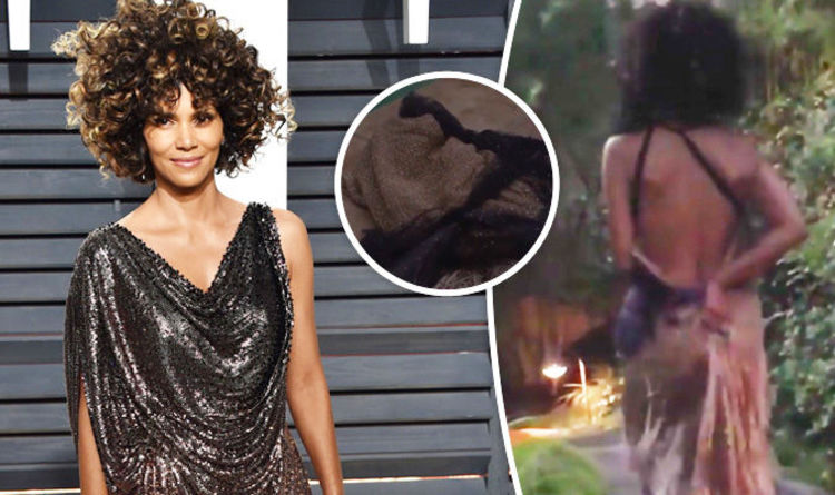 Halle berry strips naked pics