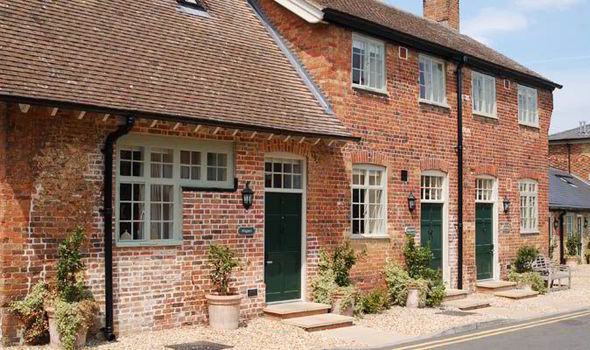 Cottage Rooms At The Woburn Hotel Bedfordshire