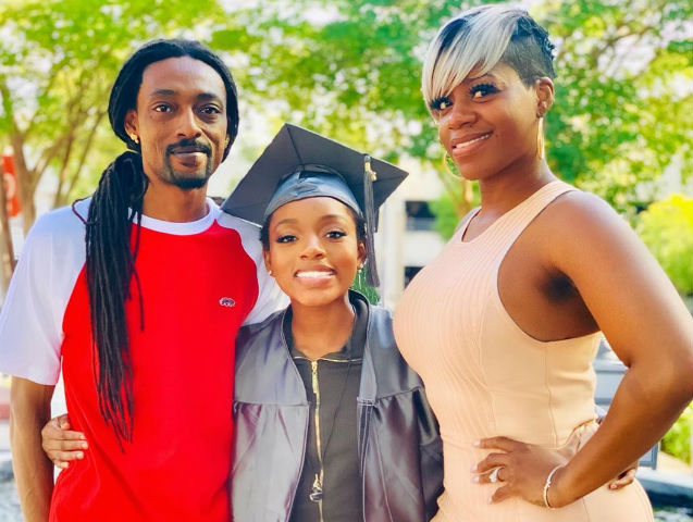All Grown Up Fantasia Barrino S Daughter Zion Is A High School Graduate
