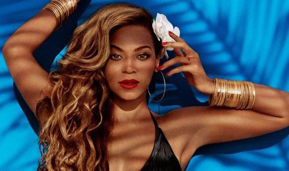 911377d129e9c Beyoncé looks stunning in new images released by H M (H M)