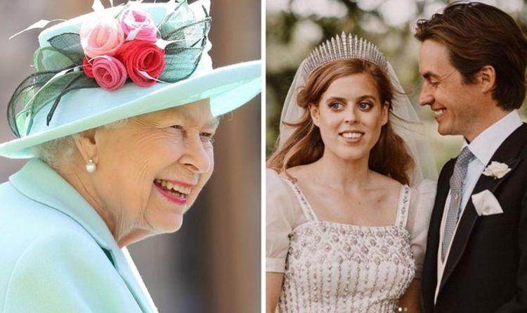 princess beatrice wedding dress queen elizabeth