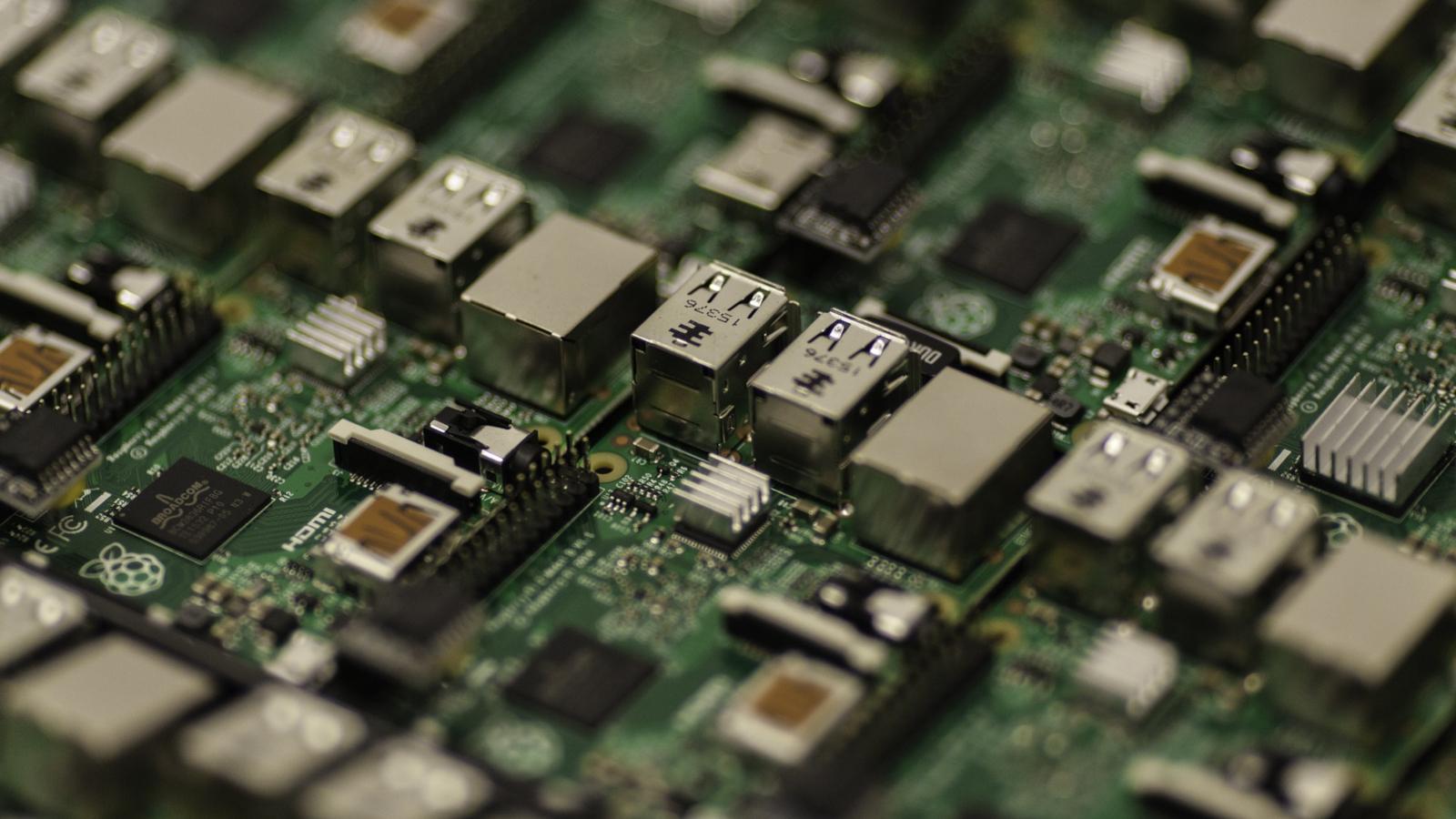 Vulnerabilities in Broadcom WiFi Drivers Open the Door to RCE