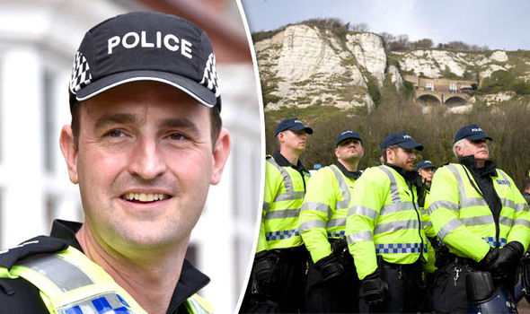 British police switch to US-style baseball caps after 159 YEARS of ... deaa9fc8335