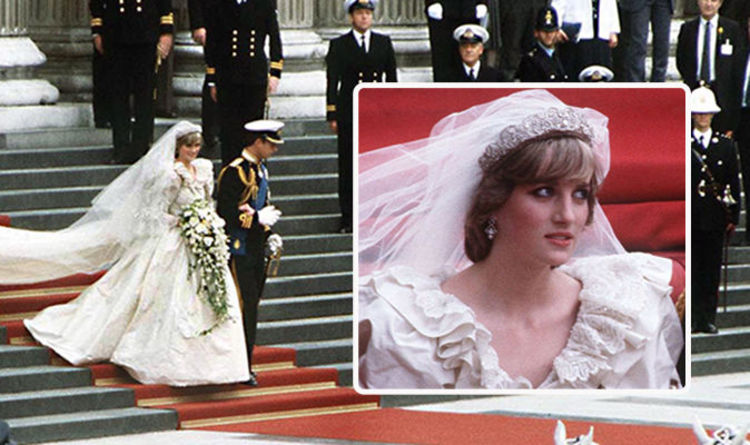 ccd26062101 Princess Diana wedding dress WARDROBE MALFUNCTION  How Diana suffered bride s  worst fear