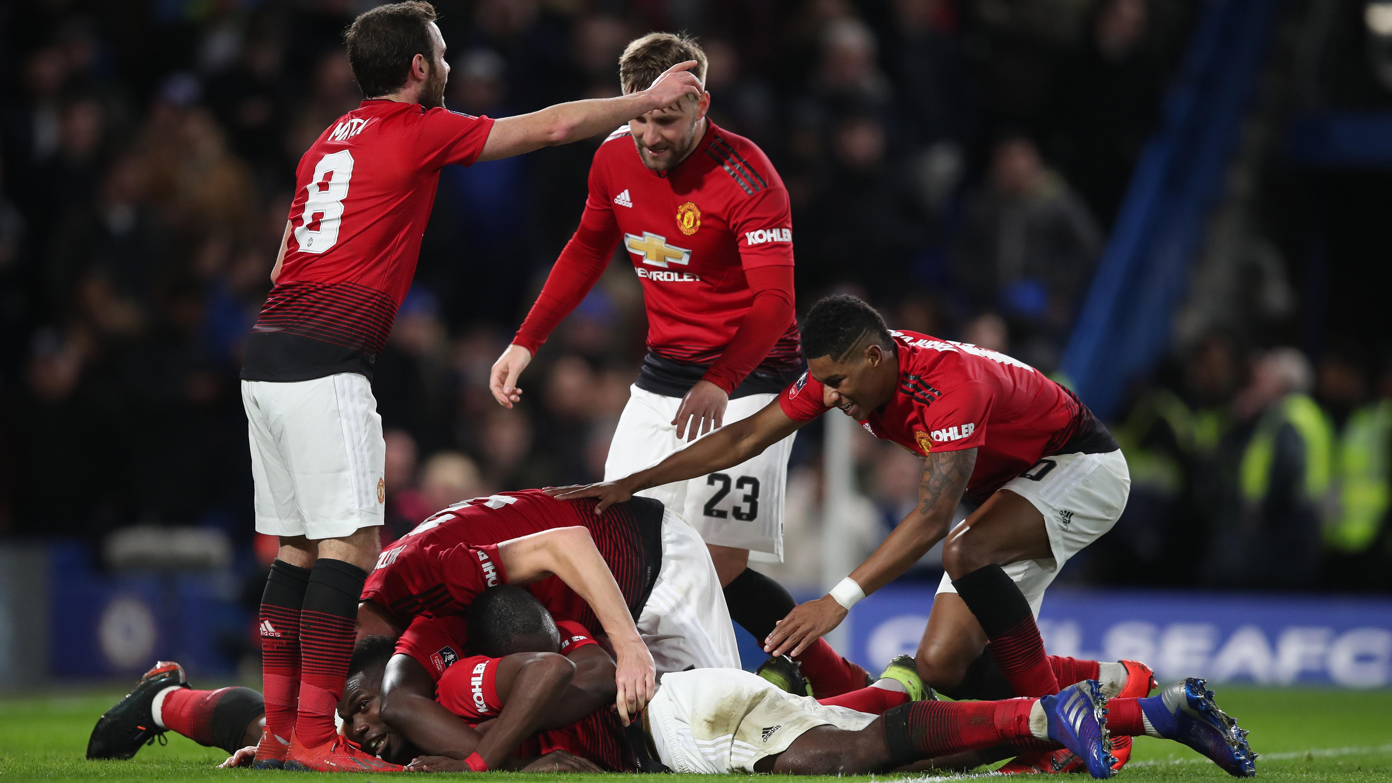 Image result for manchester united  GIGGS REVEALS THE ONLY THING MANCHESTER UNITED NOW NEED TO ENTER THE TOP FOUR v3mukegmth42xxddzeuj