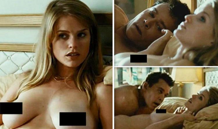 Nude girlfriends cumed on