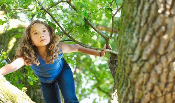 How To Handle Having A Tomboy Daughter Express Co Uk