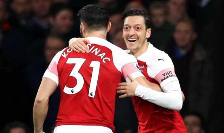 41c61771061 Arsenal 5-1 Bournemouth  Mesut Ozil shines as Gunners stay ahead of Man Utd  and Chelsea