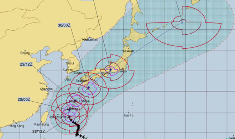 Typhoon trami path map weather models show super typhoon rampaging typhoon trami path map weather models show super typhoon rampaging through japan world news express gumiabroncs Images
