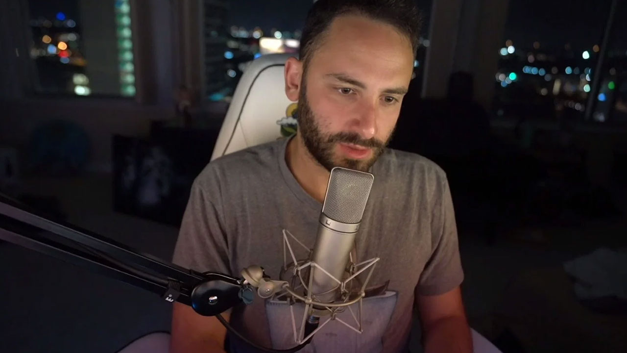 "Twitch Streamer ""Reckful"" Reportedly Dies Of Suicide"