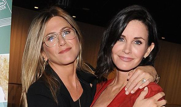 66cef060d1 Jennifer Aniston debuts retro glasses as she supports best friend ...