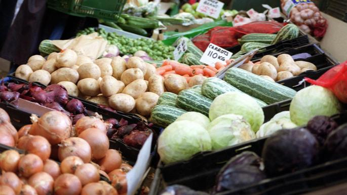 Brexit could drive up fruit and veg prices, says Lord Price