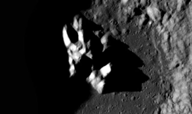 Alien bombshell: WORKING UFO found on the moon - shock claim
